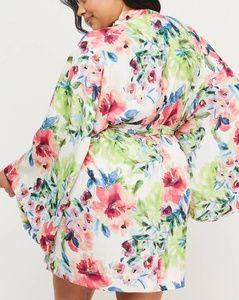 Lane Bryant Intimates & Sleepwear - New Lane Bryant Floral Satin Robe